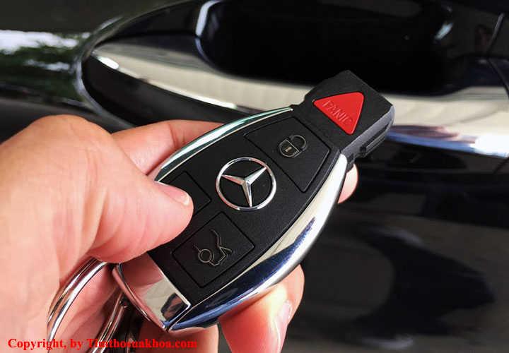 Chìa khóa thông minh xe ô tô
