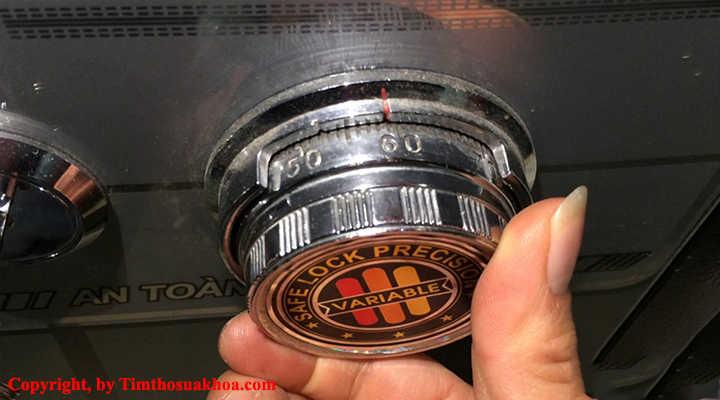Hệ thống ổ khóa cửa két sắt