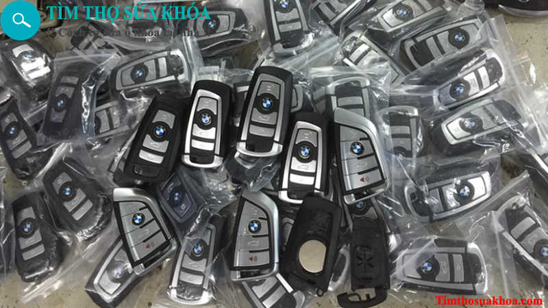 đánh chìa khóa xe ô tô BMW