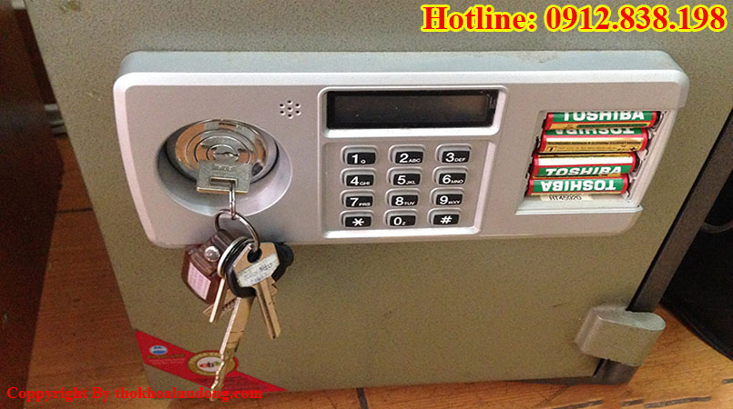 Làm chìa khóa két sắt hết bao nhiêu tiền