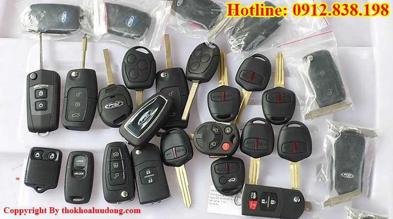 Làm chìa khóa remote xe hơi, oto tại nhà uy tín, giá rẻ