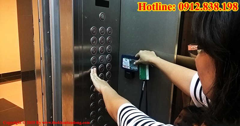 Sao chép thẻ từ thang máy